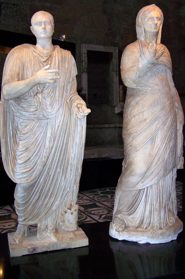 Statues bien conservées