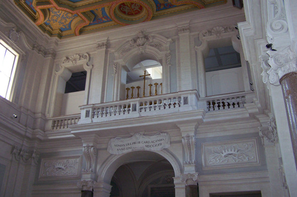 Balcon Plafond basilique Sainte-Anastasie
