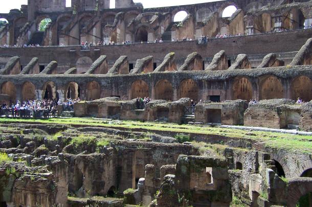 Les ruines du Colisée, ou Colosseo