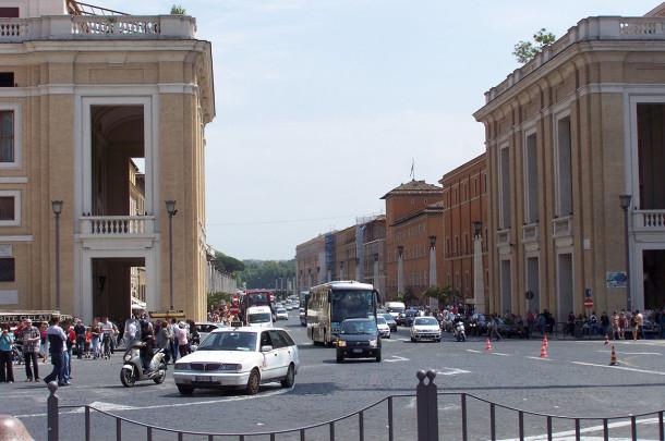 Place Pie XII et la Via della Conciliazione