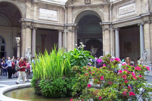 Cour intérieure des musées du Vatican