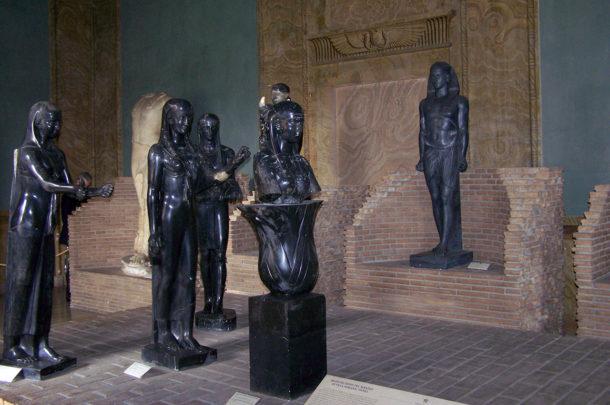 Statues provenant de la villa Adriana