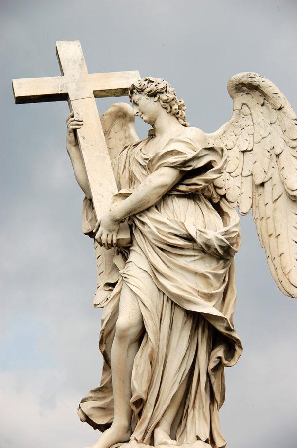 Ange à la croix d'Ercole Ferrata