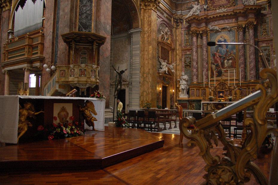 Le chœur de la Basilique Saint Ambroise Saint Charles