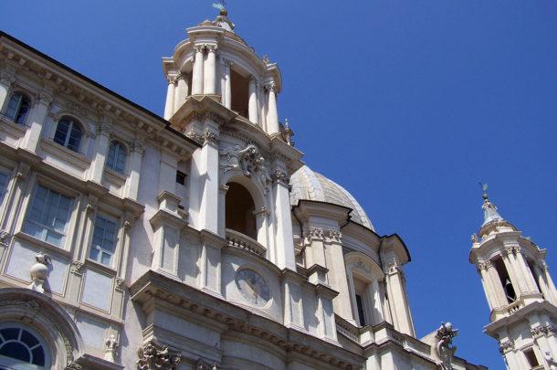 Style baroque de l'église Sainte-Agnès en Agone