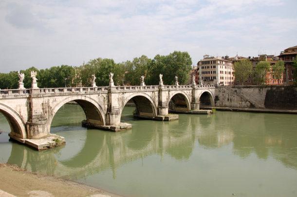 Le Pont Saint-Ange