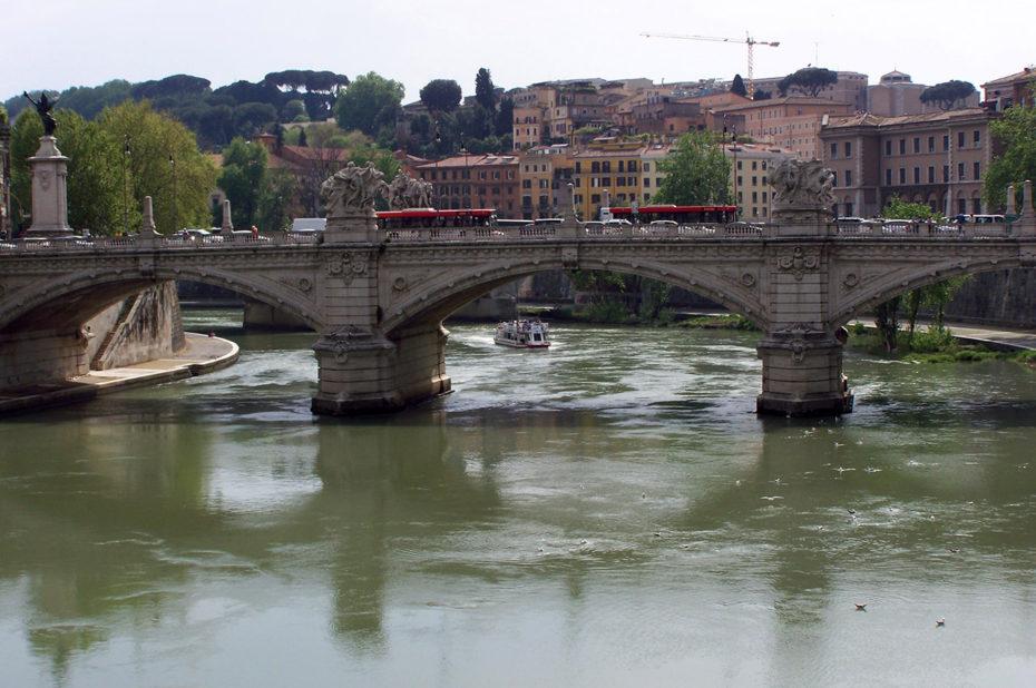 Pont Victor Emmanuel II