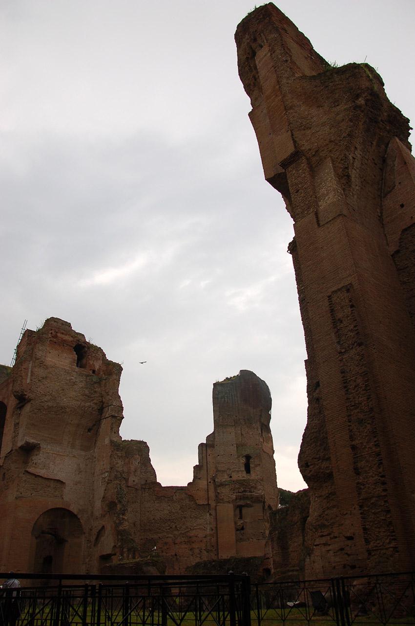 Ruines imposantes des thermes