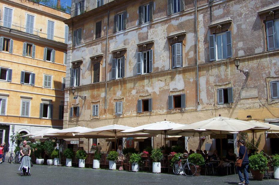 La place Santa Maria in Trastevere