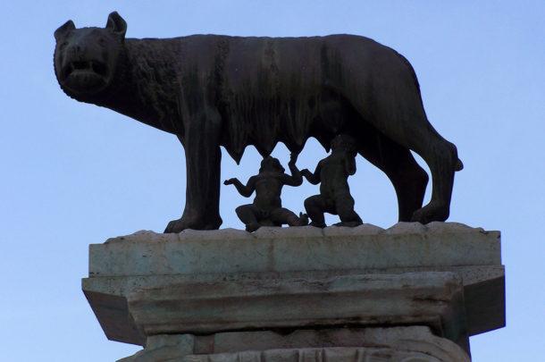 La louve romaine et les jumeaux, Romulus et Remus