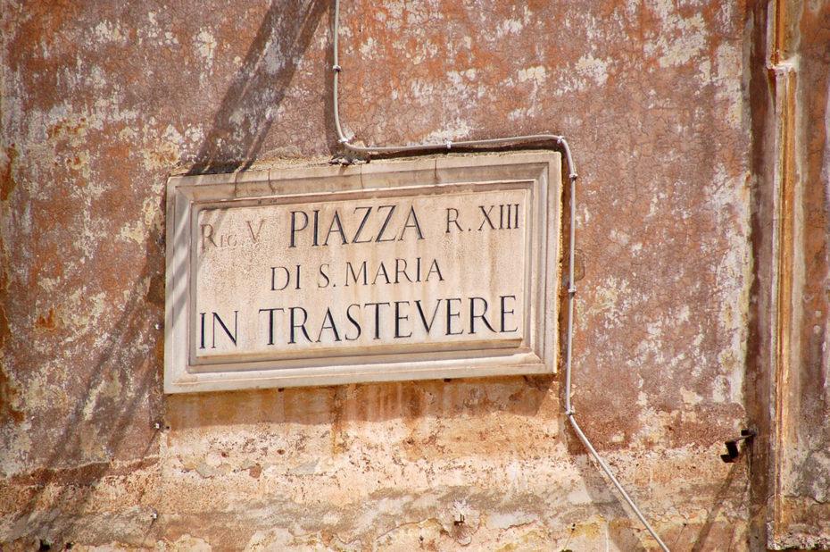 Sur la place Santa Maria in Trastevere