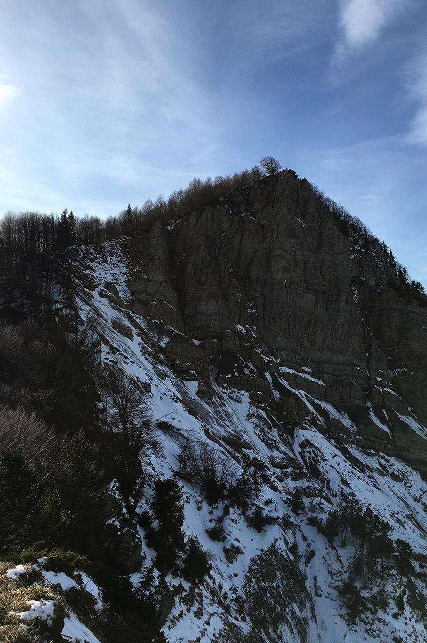 Passage rendu difficile et glissant par la neige