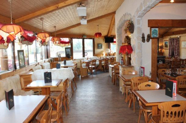 La salle du restaurant du Col du Granier