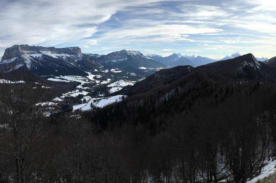 La vallée d'Entremont avec peu de neige