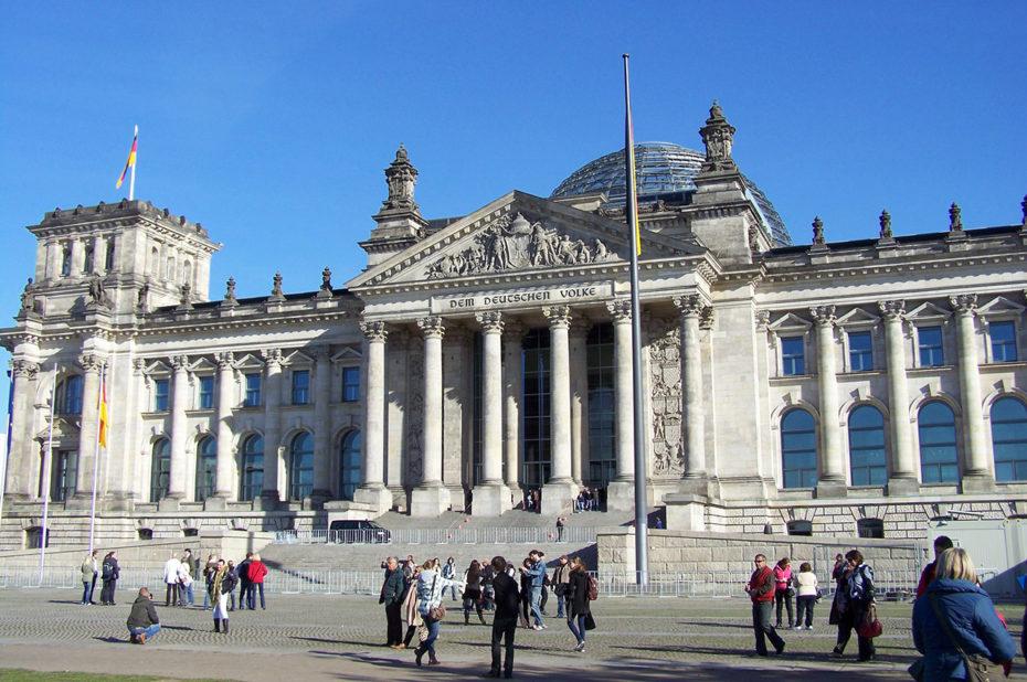 La façade du Reichstag, le Parlement allemand
