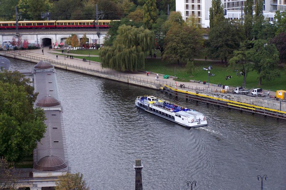 Un bateau sur la Spree