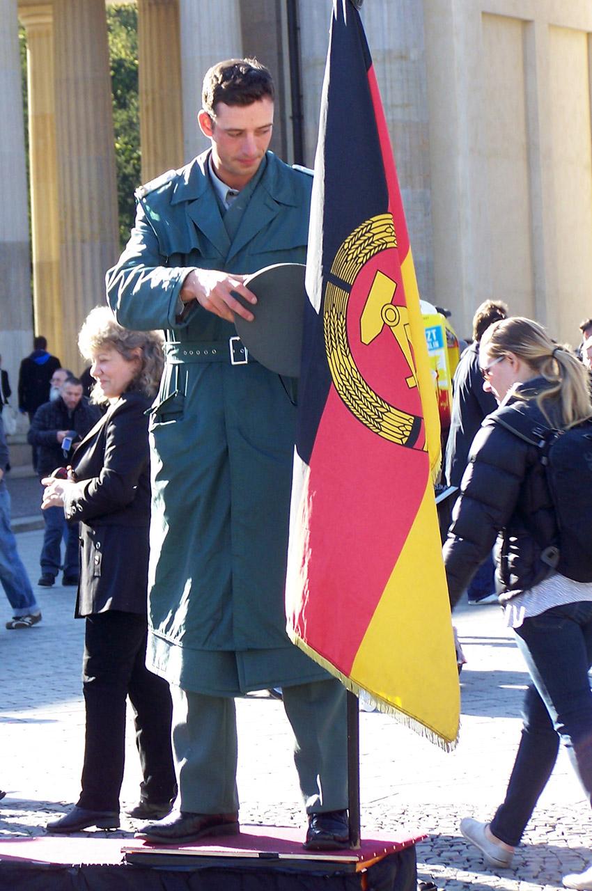 Figurant déguisé en soldat allemand