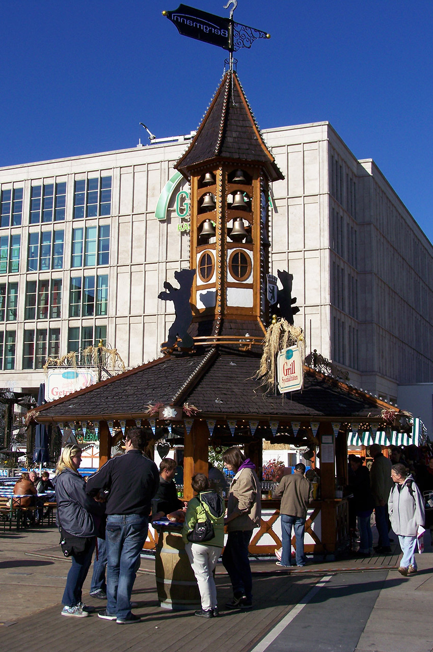 Un kiosque sur Alexanderplatz