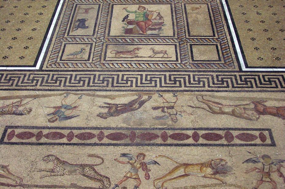 Mosaïque provenant du Palais du roi Attalos