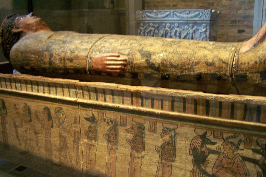 Sarcophage de Hori, grand prêtre de Memphis