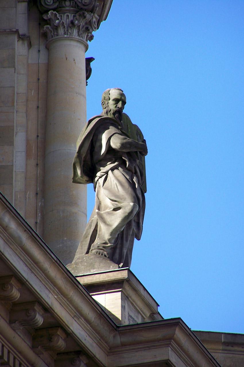 Statue sur le Bode Museum