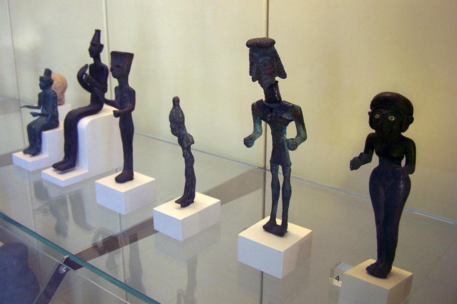 Des statuettes de style très varié