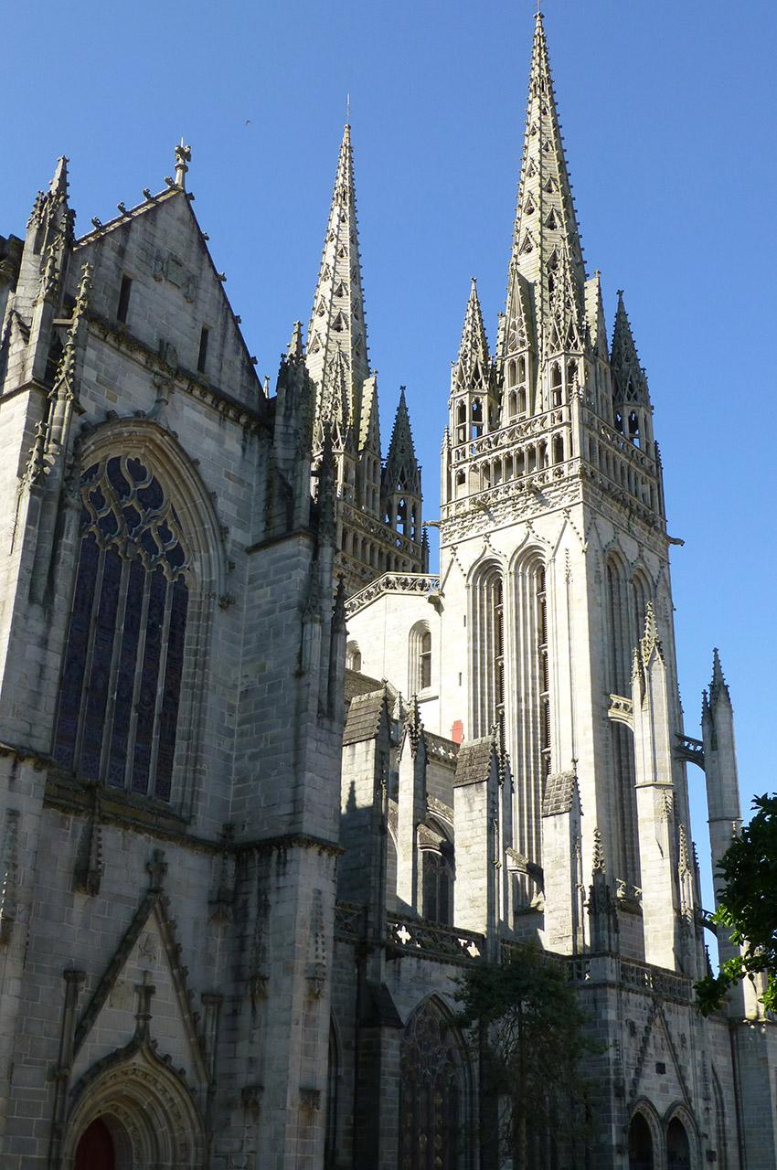 La cathédrale de Quimper et ses deux tours
