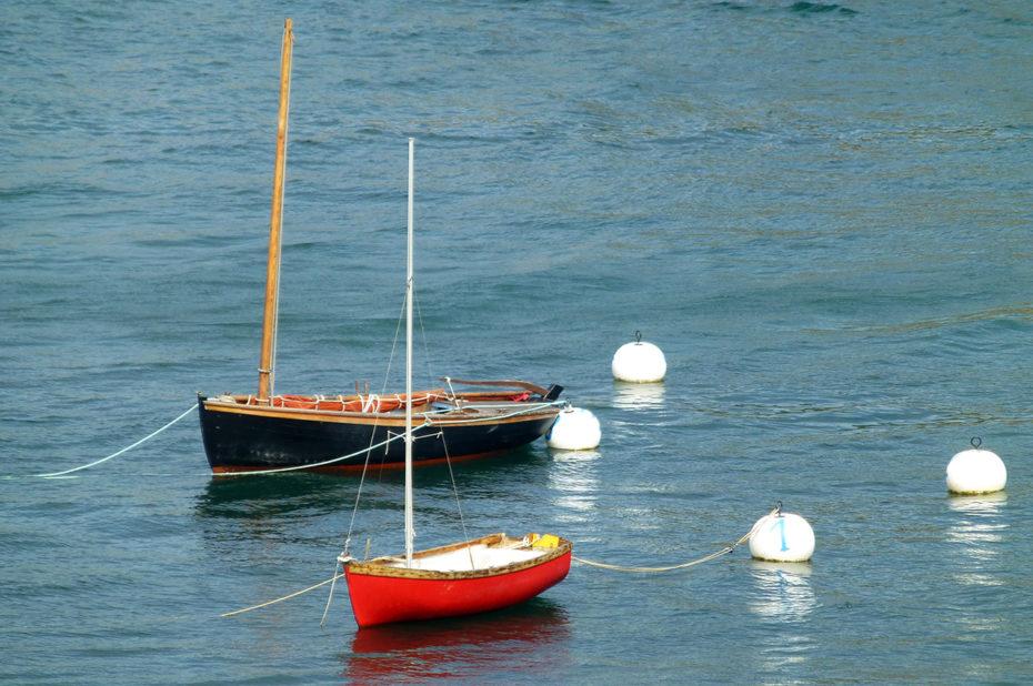 Petits bateaux colorés