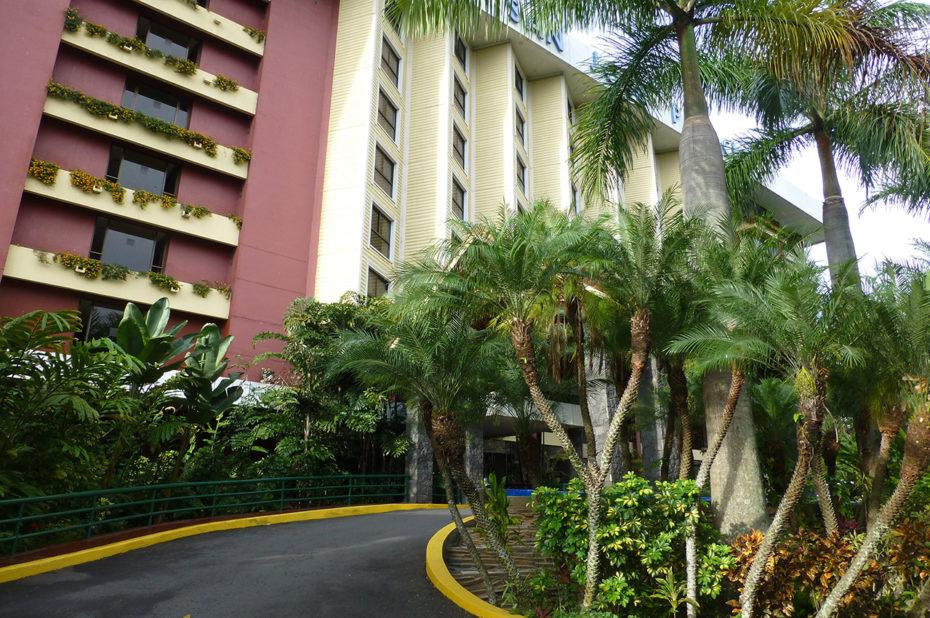 Entrée de l'hôtel 5 étoiles Barcelò San José Palacio