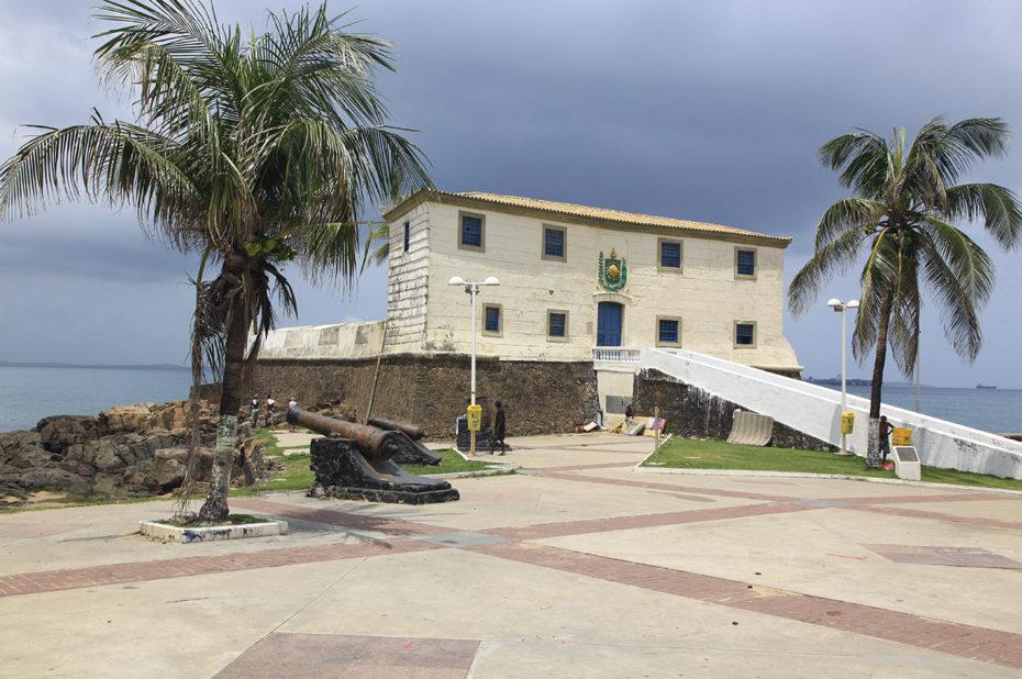 Sur la promenade, à Salvador de Bahia