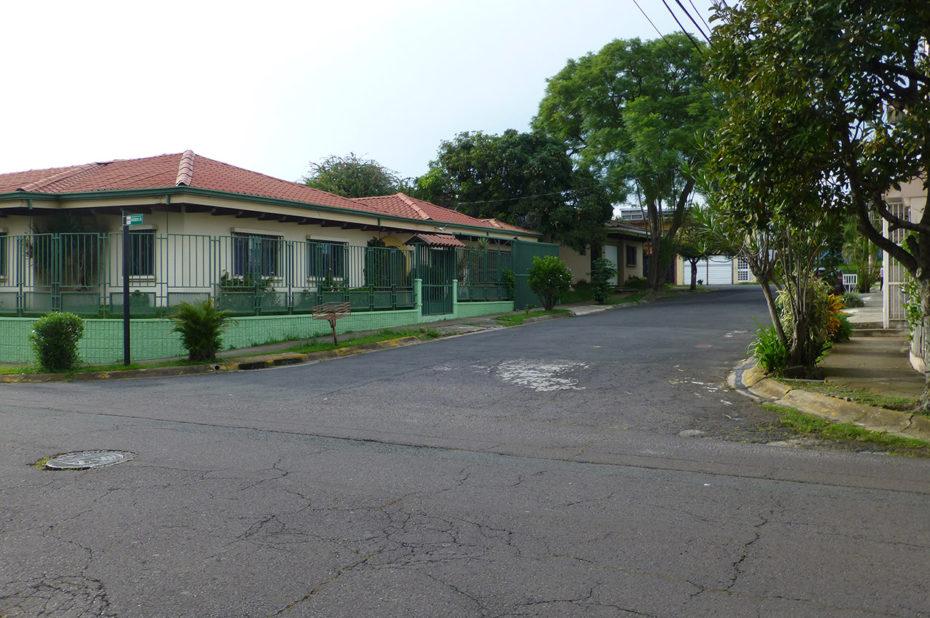 Rue résidentielle à San José