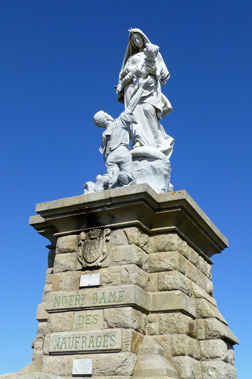 Statue Notre-Dame des Naufragés de Cyprian Godebski