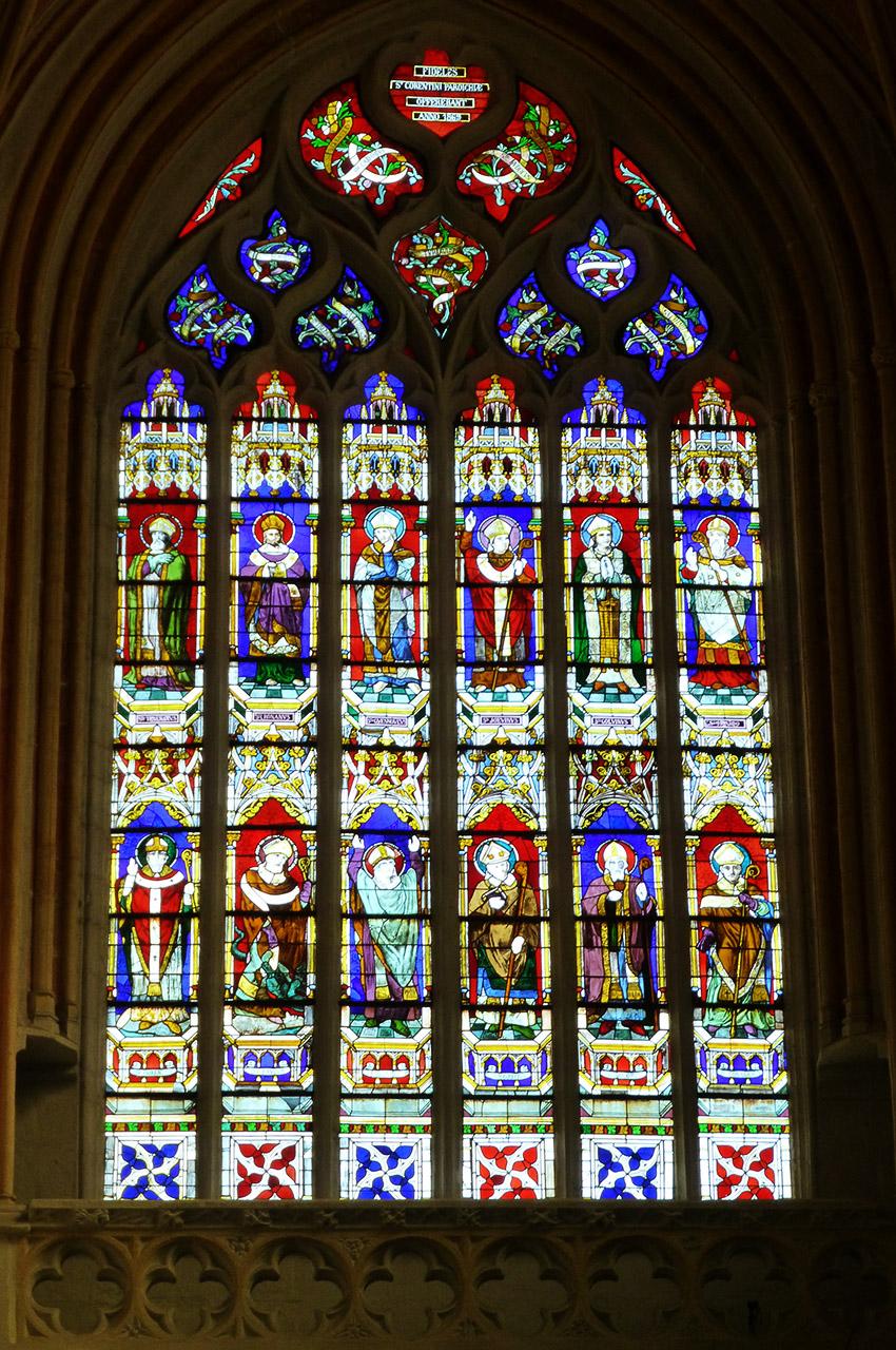 Vitrail dans la Chapelle du transept