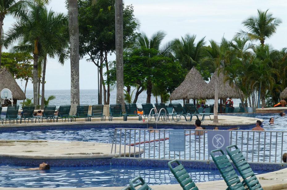 De nombreuses activités pour profiter de la piscine