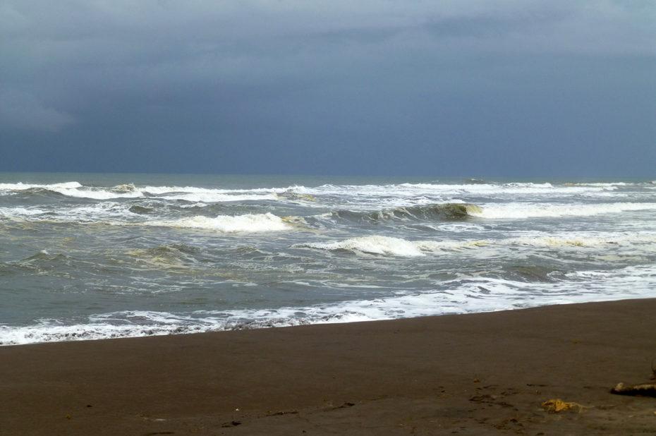 La mer des Caraïbes, spot apprécié des surfeurs