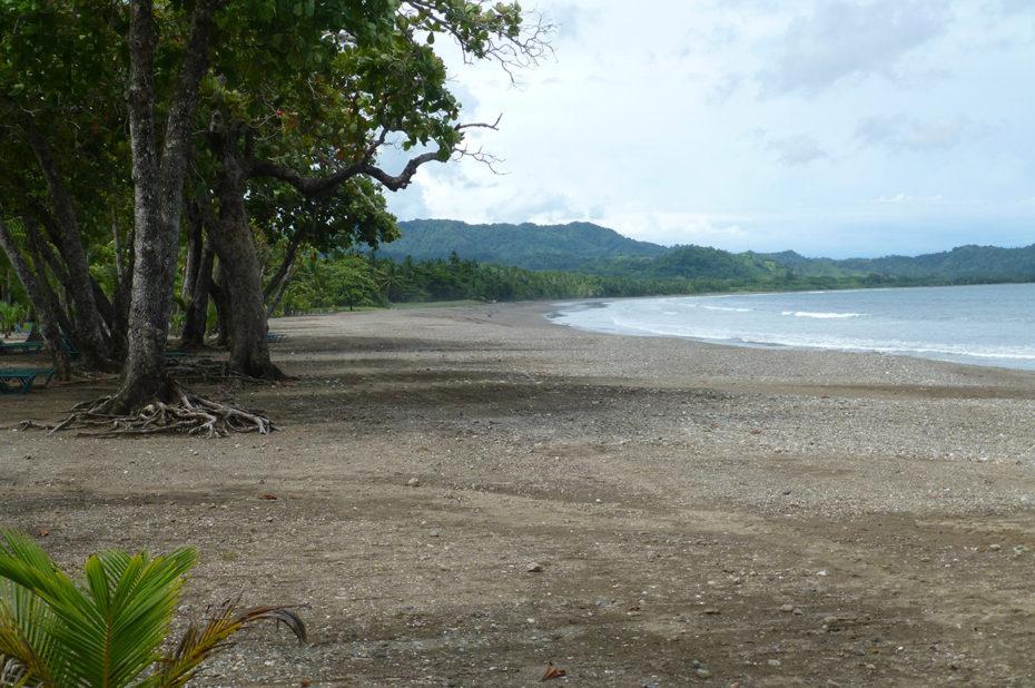 Tranquillité sur la plage de Tambor