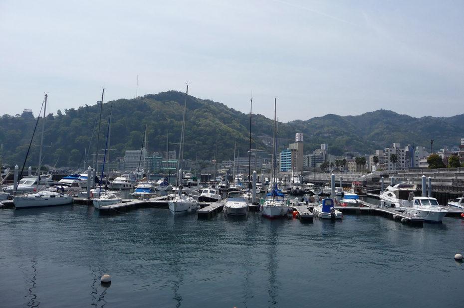 Le port de plaisance d'Atami
