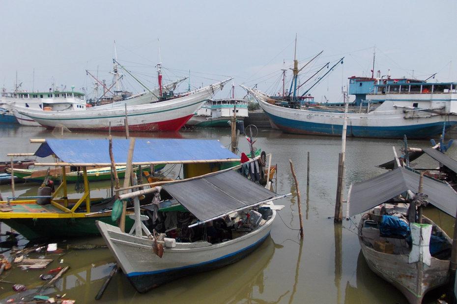 Des bateaux dans le port de Jakarta