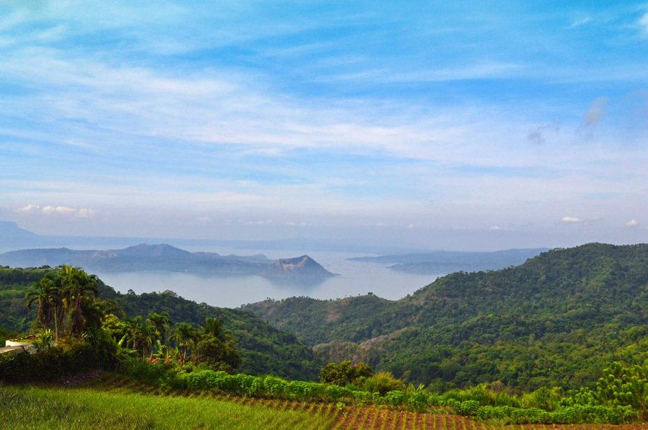 Le lac Taal vu depuis les hauteurs