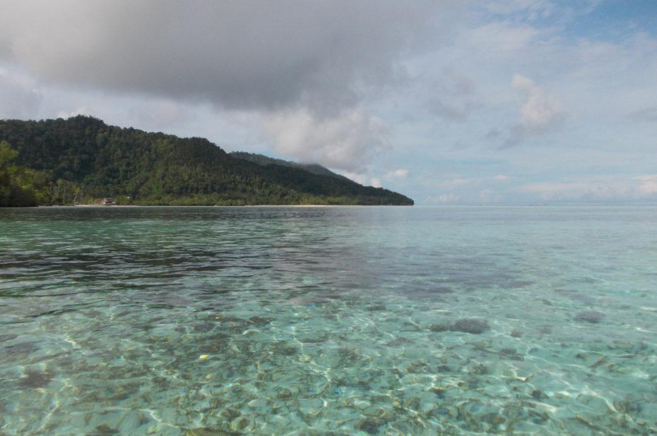 Une mer aux eaux transparentes