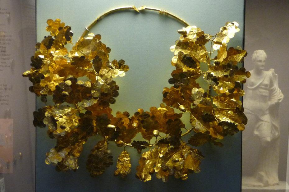 Coiffe d'or d'origine grecque