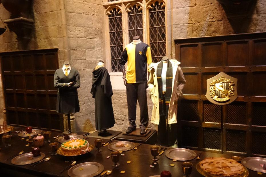 Costumes de Gryffondor dans la Grande Salle