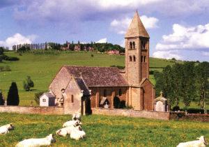 L'église de Mazille et le Carmel de la Paix