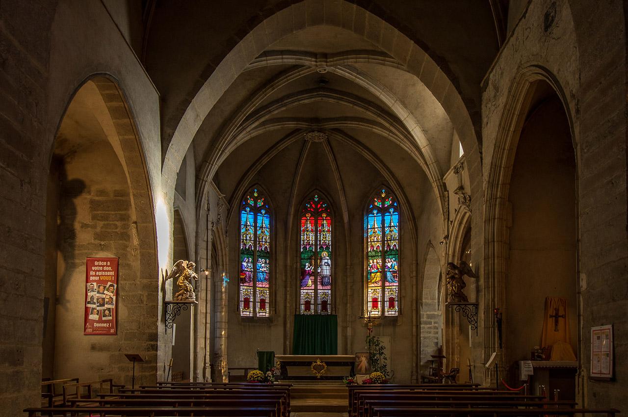 Intérieur de l'église de Châtillon-sur-Chalaronne