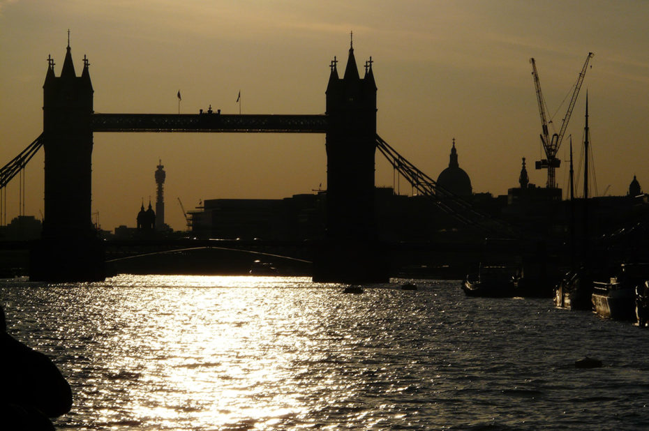 Coucher de soleil sur le London Bridge