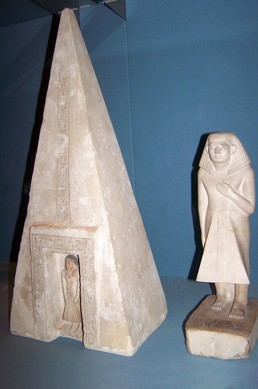 Objets funéraires décoratifs