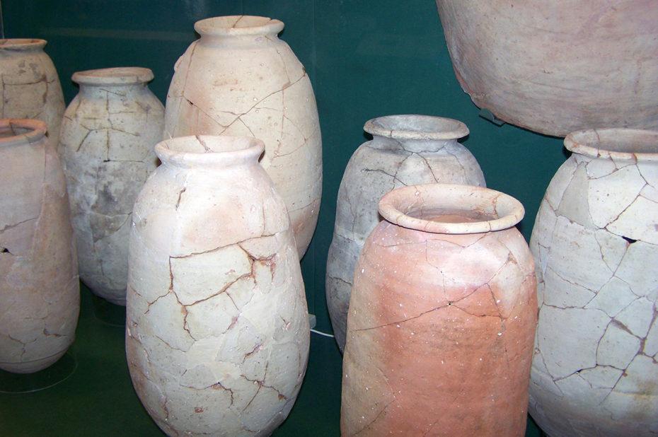 Poteries reconstituées d'origine égyptienne