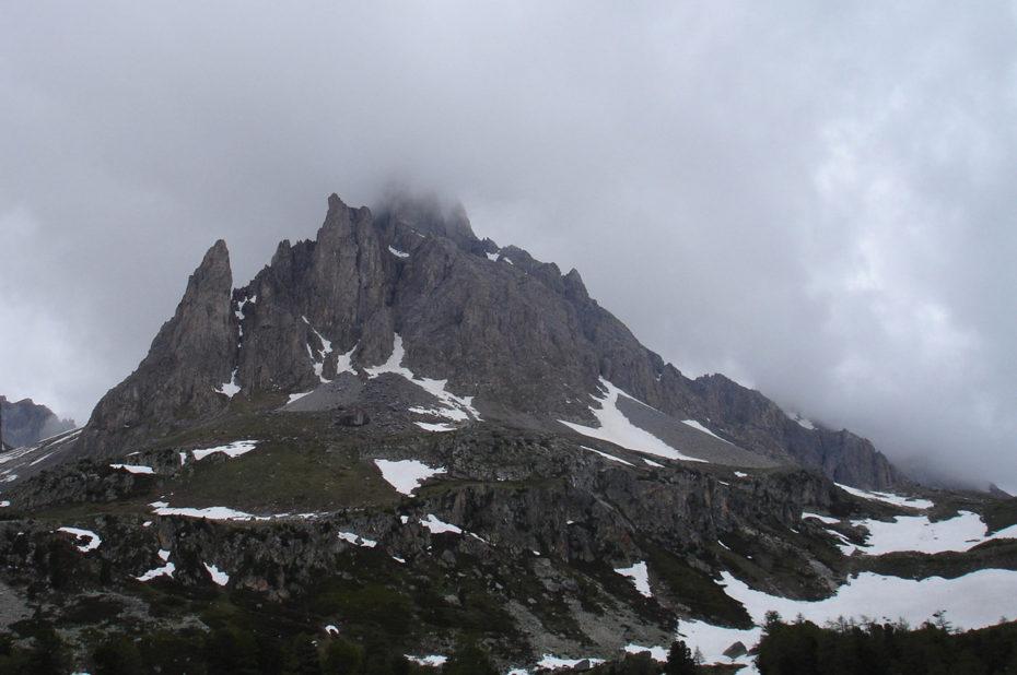Un sommet dans les nuages