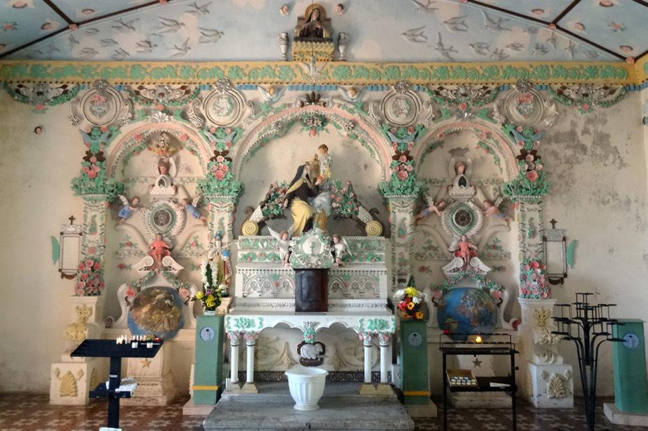 L'autel de l'église de Sainte-Anne