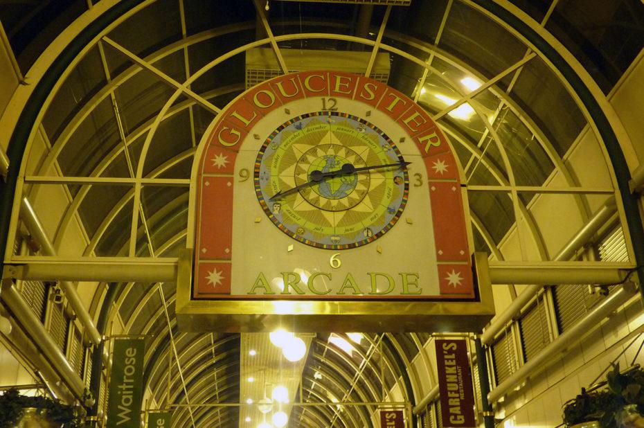 Dans le centre commercial Gloucester Arcade